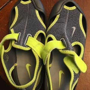 Nike Shoes - Boys Nike sandals, size 12